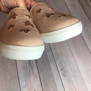 Report Shoes - Report Blush Pink Shoes Size 3